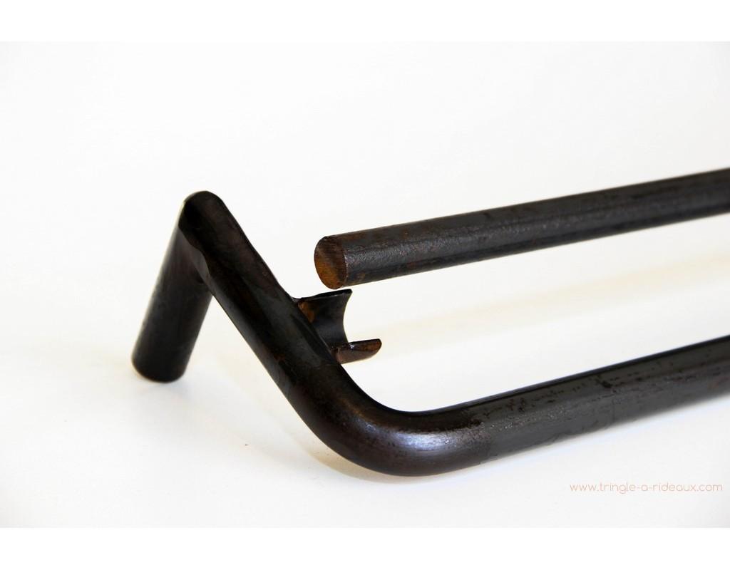 tringle rideaux coud e naissance sur mesure en fer forg. Black Bedroom Furniture Sets. Home Design Ideas