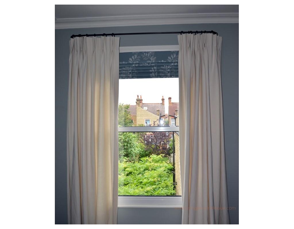 tringle rideaux luberon simple sur mesure en fer forg. Black Bedroom Furniture Sets. Home Design Ideas