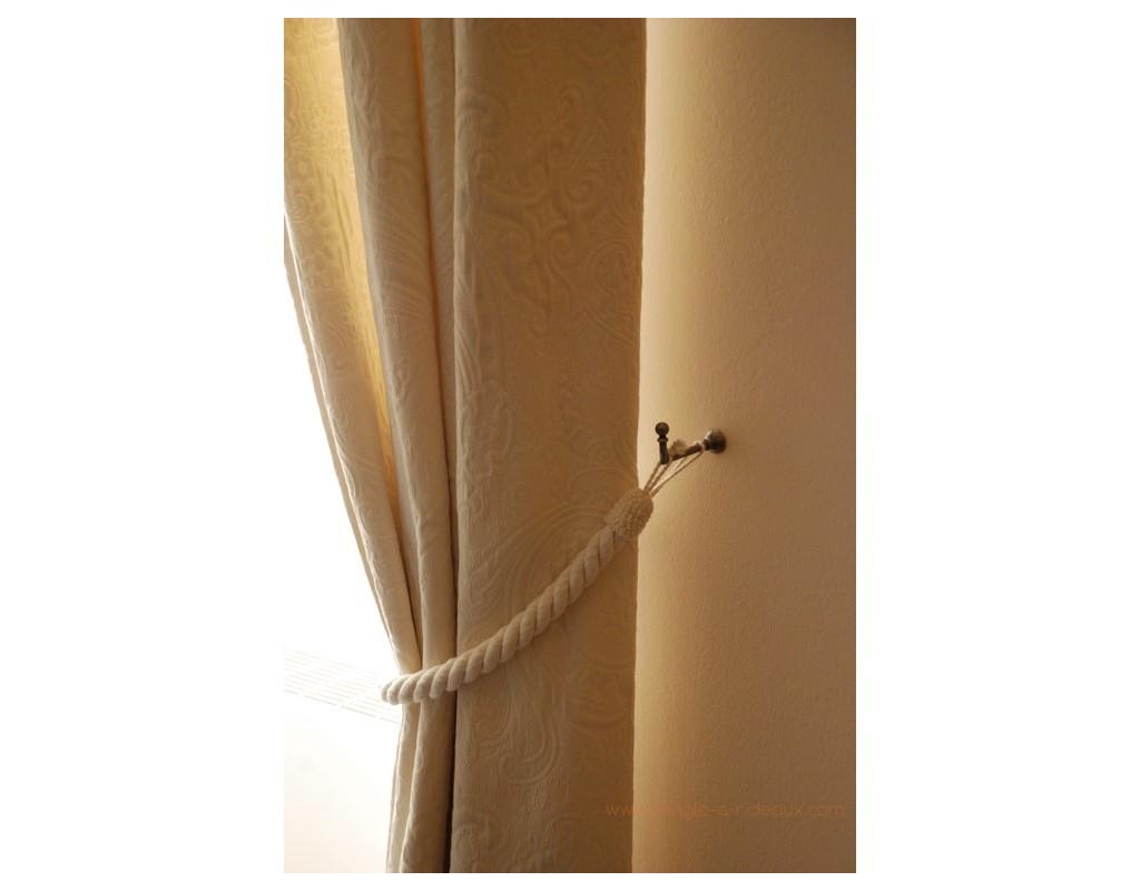 accessoires et crochets d 39 embrasses pour tringle rideaux sur mesure en fer forg tringle a. Black Bedroom Furniture Sets. Home Design Ideas